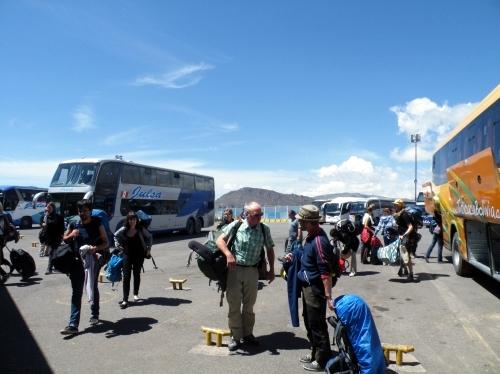 ペルー ボリビア 国境