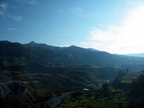 早朝 コルカ渓谷