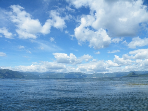 アティトラン湖