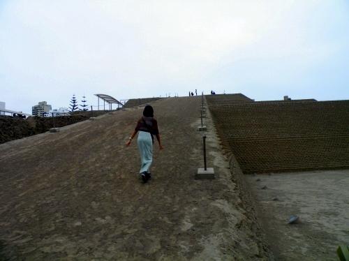 ワカ・ワヤジャマルカ Huaca Huallamarca