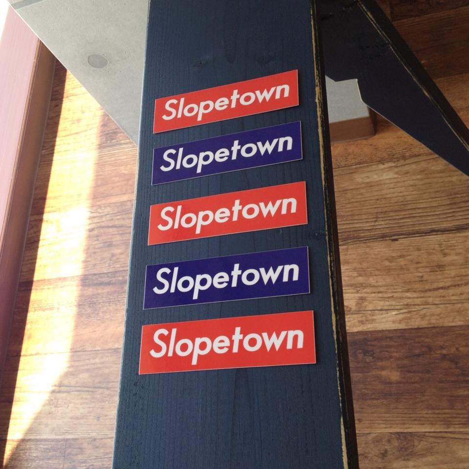 Slopetownステッカー