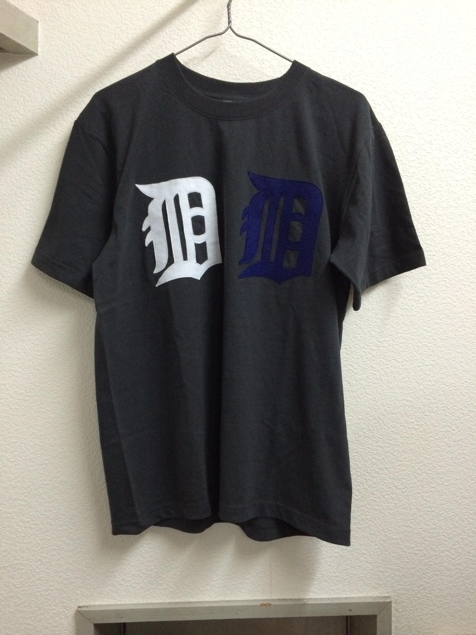 ''D+D Donut Factory'' tシャツ