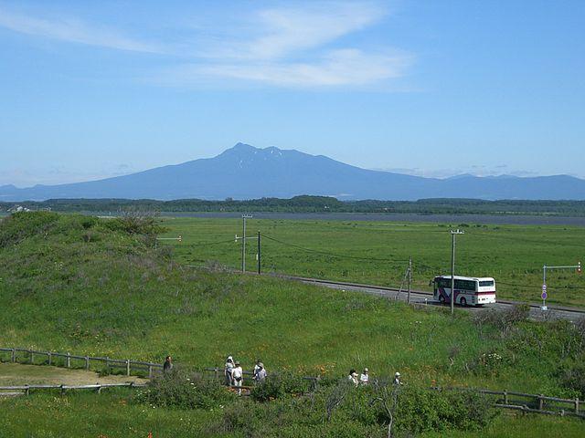 640px-Shari-dake_hokkaodo_japan.jpg