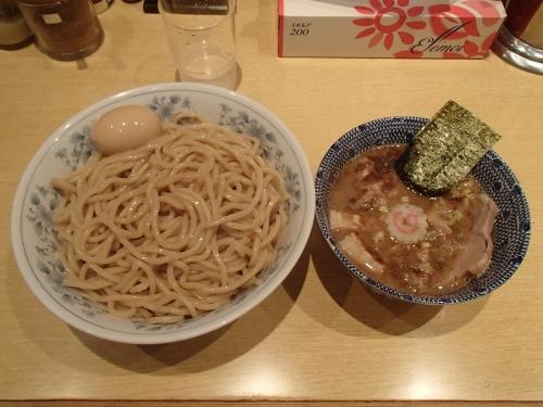くり山 大盛りつけ麺 味玉 半チャーシュー_convert_20140905235131