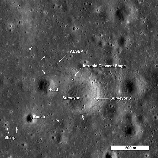 600px-Apollo_12_LRO.jpg