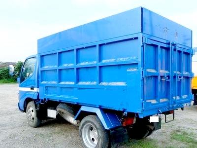 4t深ダンプの荷台容量
