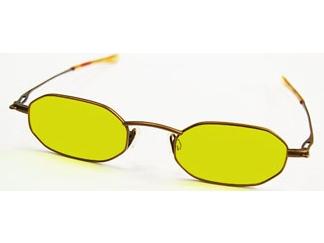 夜間運転用のサングラス