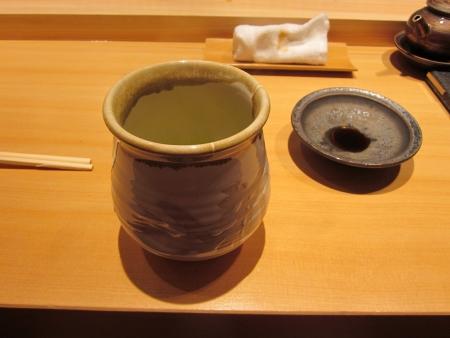 八新寿司_最後のお茶