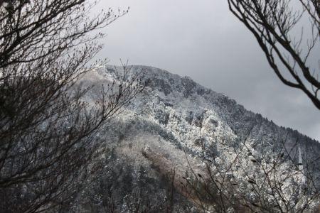 長石尾根から鎌ヶ岳