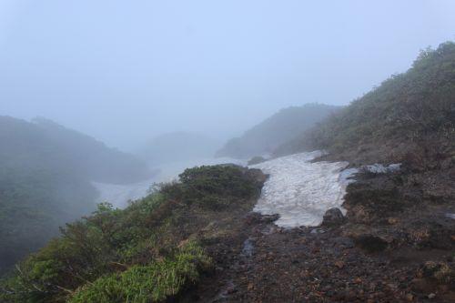 笹森山への道