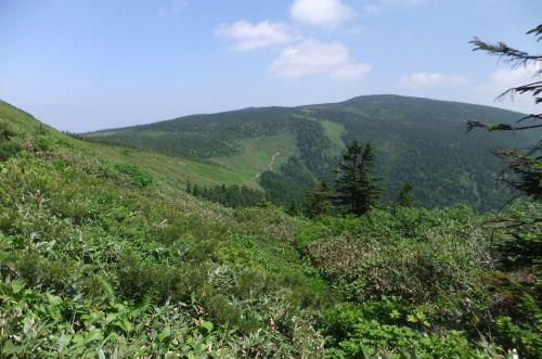 西吾妻山への縦走路