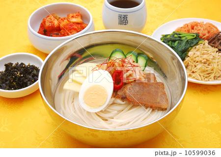 冷麺10599036[1]