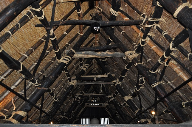 024 合掌造りの屋根裏
