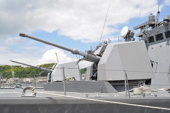 WHAT IS JAPAN   - 日本再発見の旅 --76mm62口径単装速射砲(ステルス・シールドタイプ)