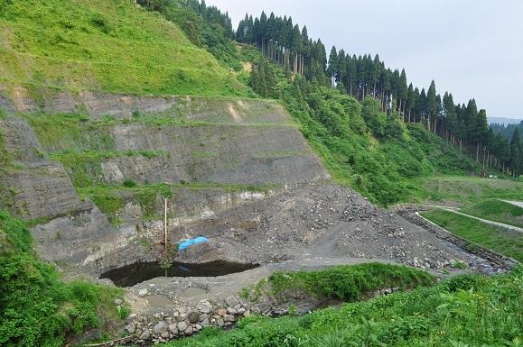 WHAT IS JAPAN   - 日本再発見の旅 --恐竜化石発掘地