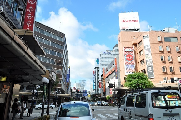 WHAT IS JAPAN   - 日本再発見の旅 --金沢市街
