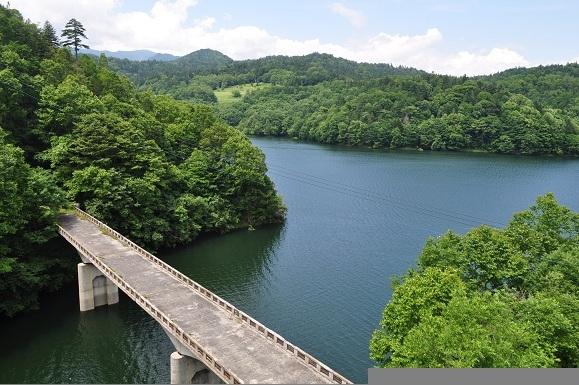 WHAT IS JAPAN   - 日本再発見の旅 --糠平湖