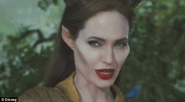 Maleficent-Angelina_Jolie-007.jpg