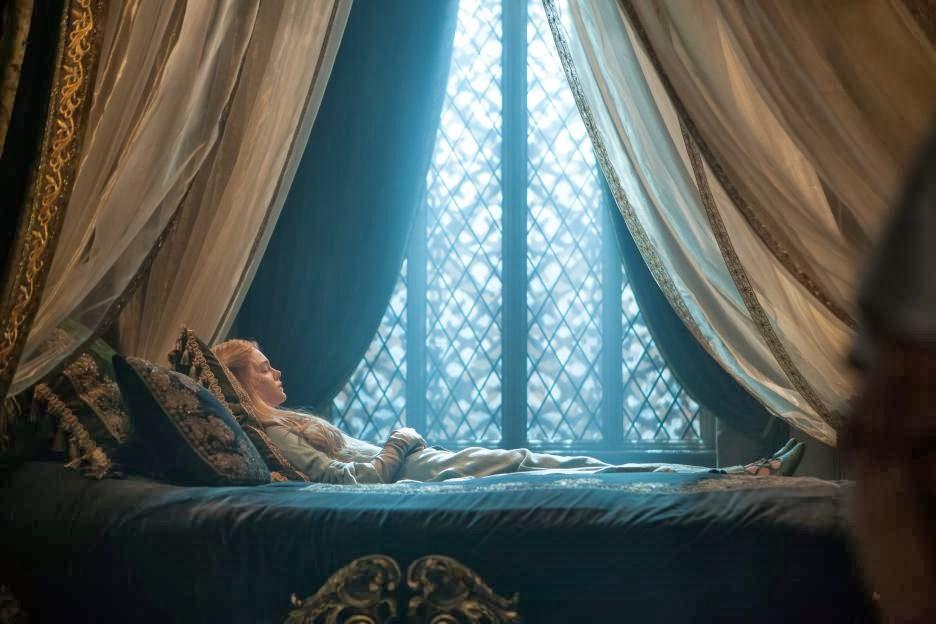 Maleficent-Elle_Fanning-015.jpg