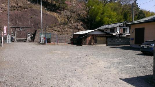 桜 真木お伊勢山 入口