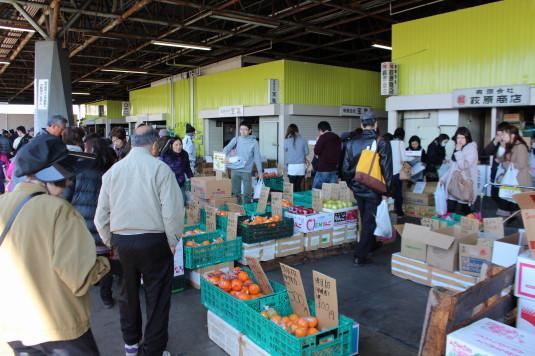 さかなっぱ市 野菜市場