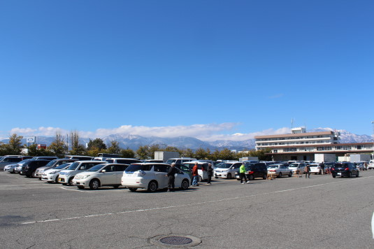 さかなっぱ市 駐車場
