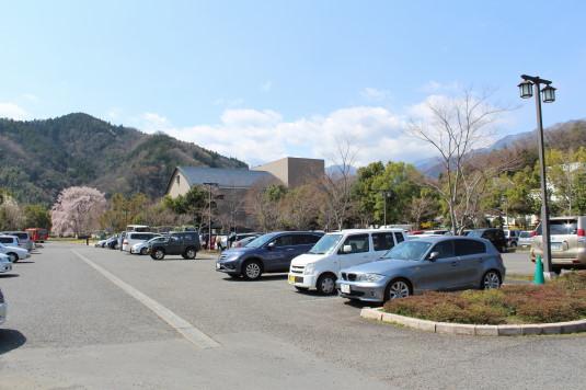 桜 久遠寺 シャトルバス駐車場