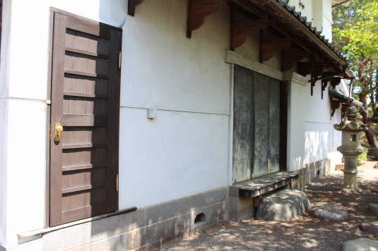 韮崎市民俗資料館 蔵座敷 入口