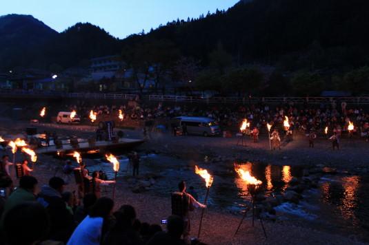 多摩源流祭り 夜の部 修験者登場