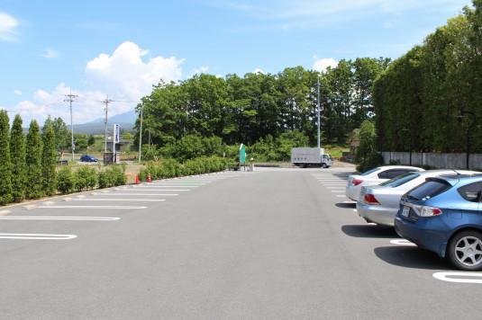 キングスウェル 駐車場