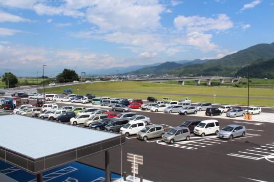 道の駅富士川 駐車場