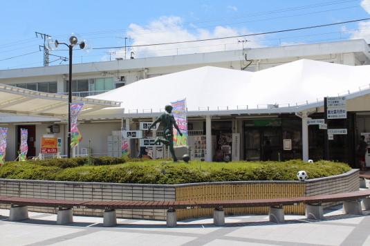 コーナーポケット 韮崎駅
