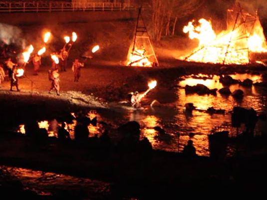 多摩源流祭り 夜の部 火を返す