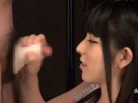 【手コキ】美少女痴女がシコシコとオナホール手コキ