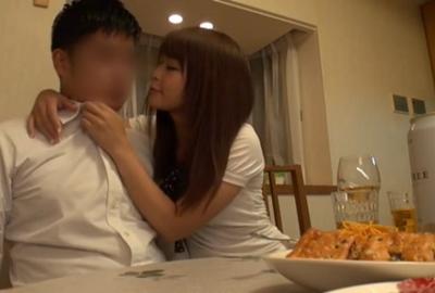 出産祝いに来た妻友の可愛い女の子が酔って誘惑してきた
