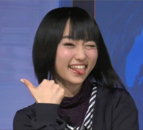 声優・悠木碧ちゃんが他の声優さんと一緒に写ってる写真、顔隠してばっかなんだけど・・・・どういう事なの