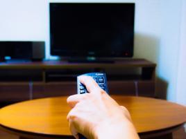 今のTVが「つまらない」と答える人は8割!つまらないのはネット流用のせい?