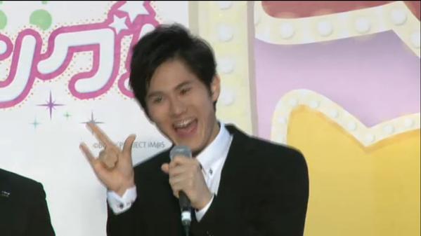 『アイマス シンデレラガールズ』超会議』のアイドルマスターステージに出演した武内P! きらりのマネやべぇwwww