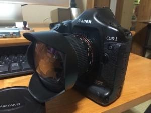 EOS-1D2.jpg