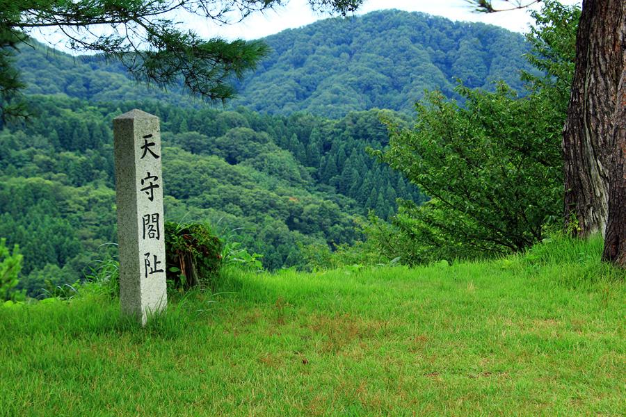 春日山城跡1