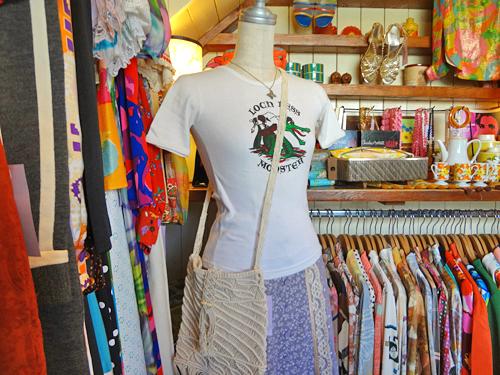 70sT-ShirtsAndGunniesSkirt.jpg