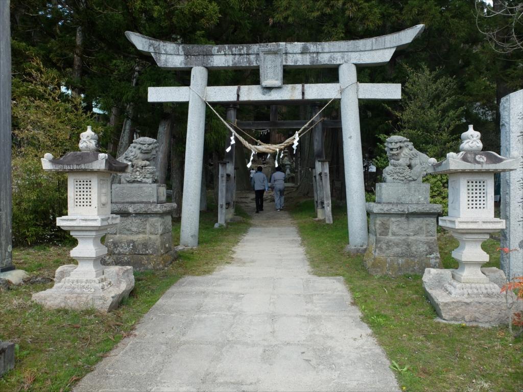 諏訪神社_参道_3