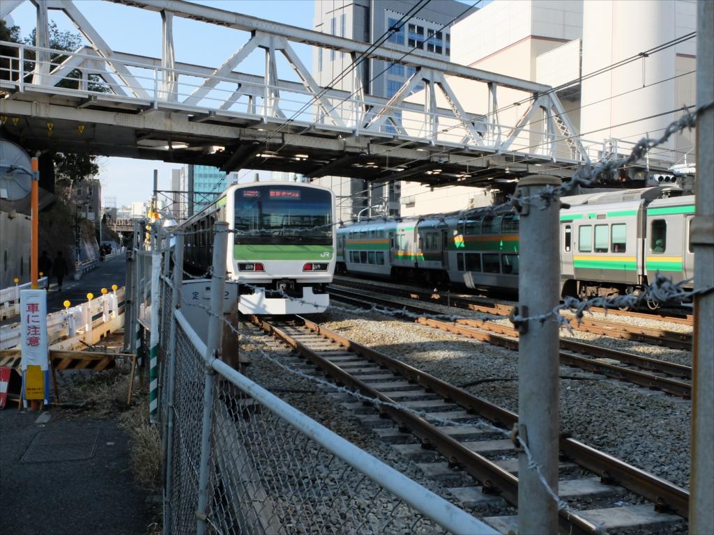 JR線路を超える_6
