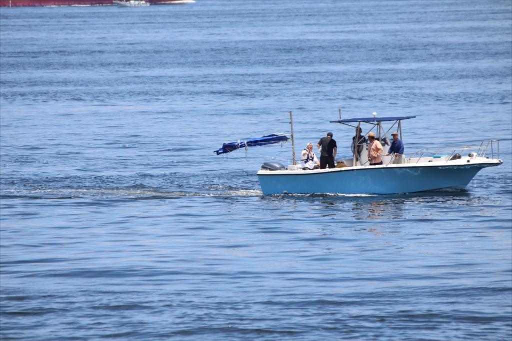 釣り船も大型船に負けじ_2