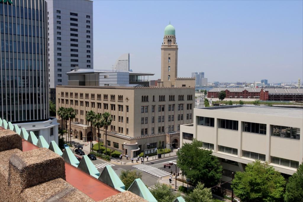クイーンの塔(横浜税関)や赤レンガが_2