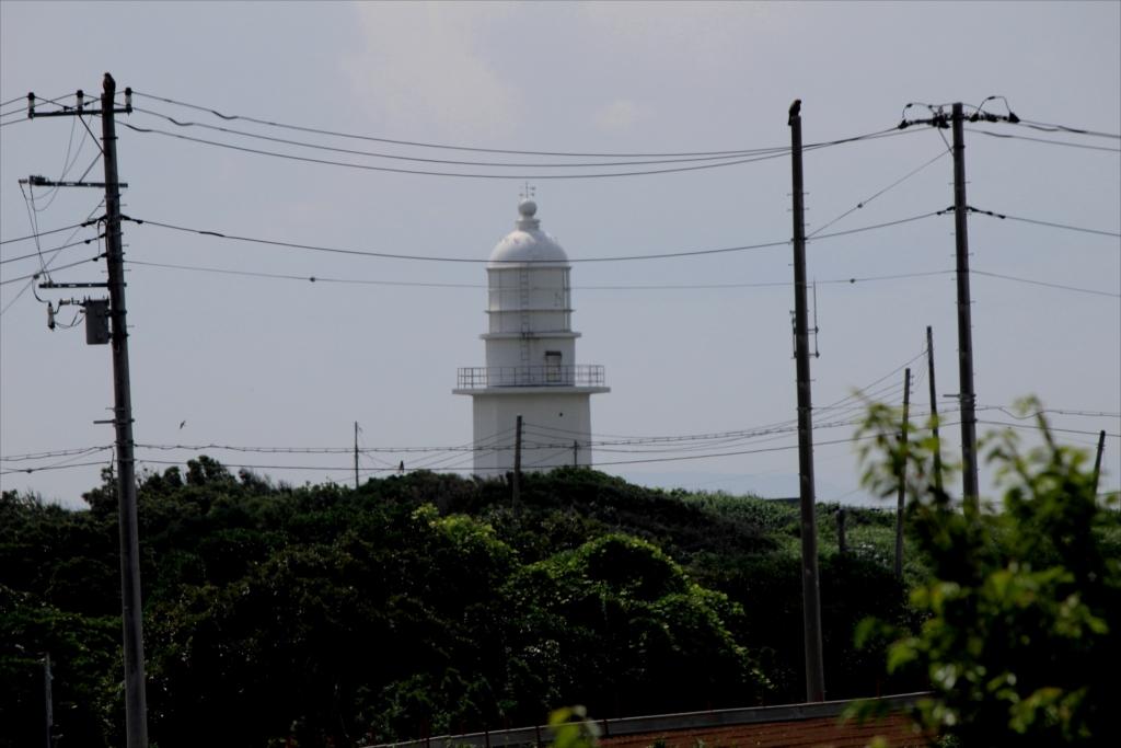 灯台が少し大きく見えてきた