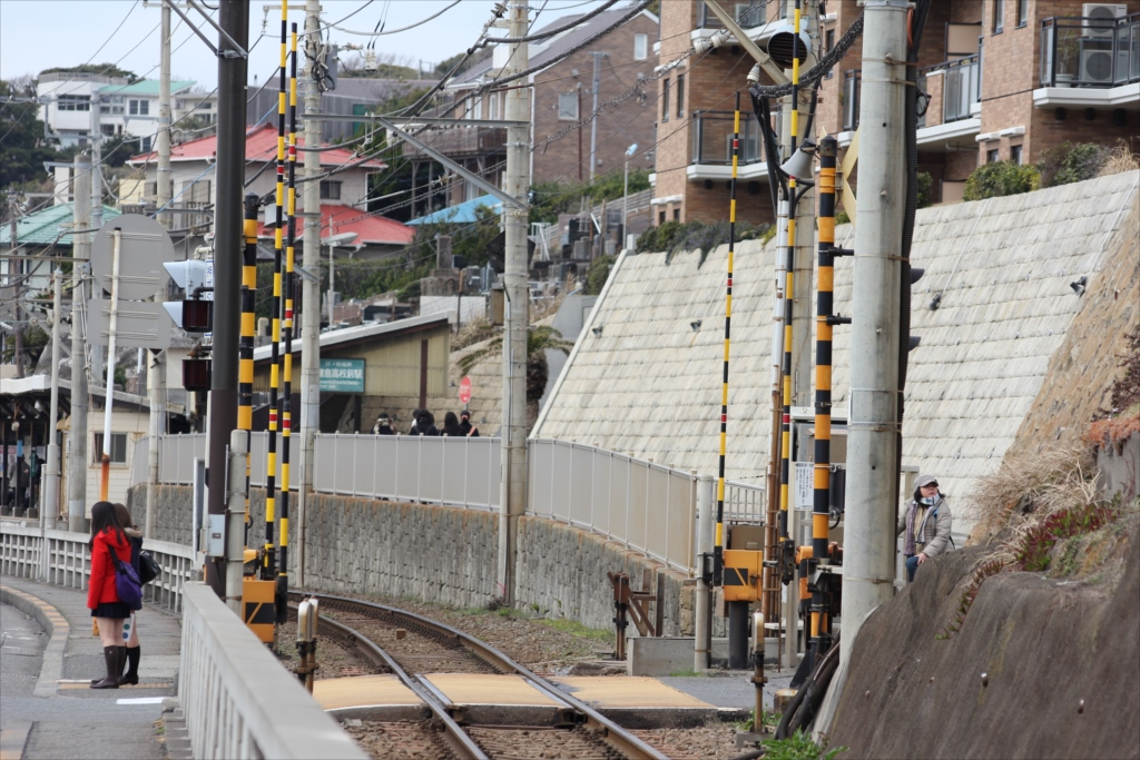 道草を食うところもなく、淡々と歩いてきたら、割と早く鎌倉高校前駅近くまできた