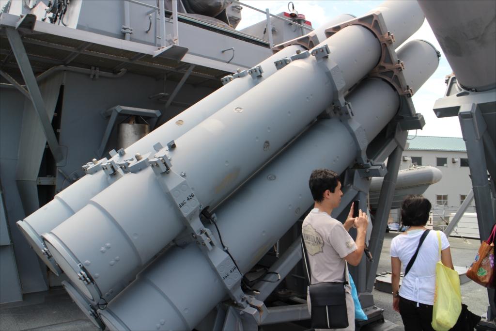 ハープーンSSM 4連装発射筒_2
