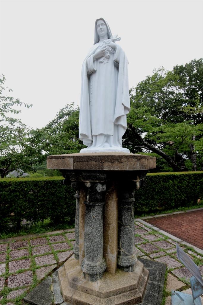 リジューの聖テレジア像_1