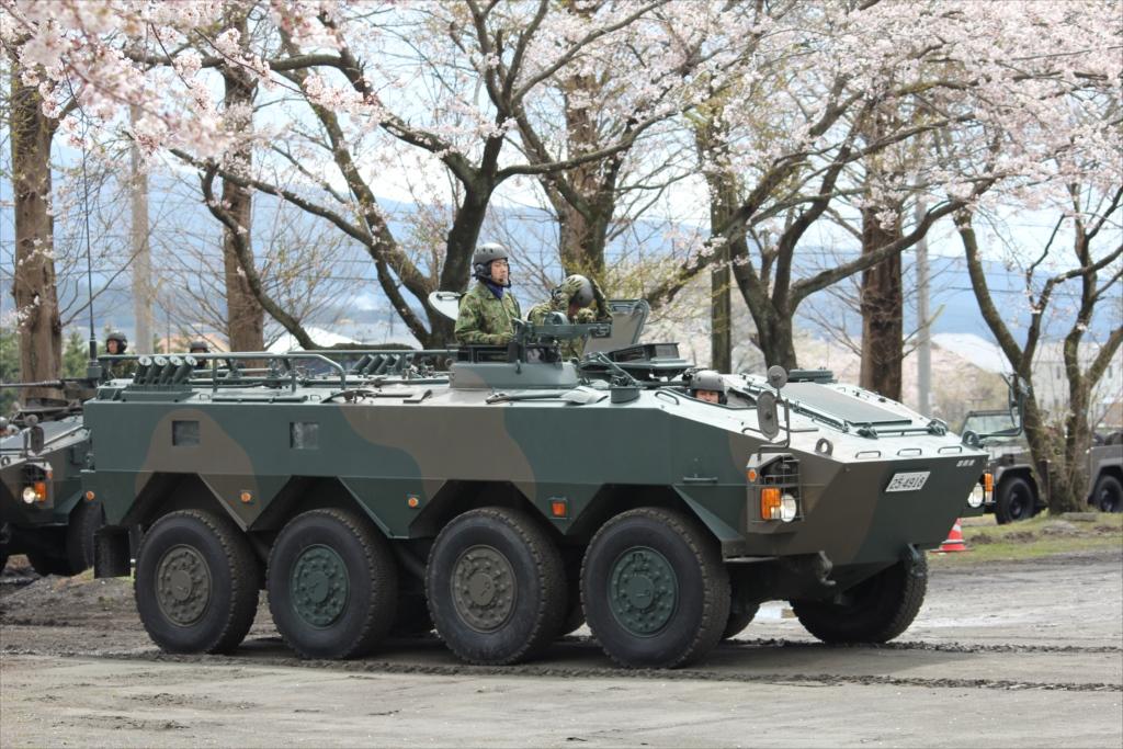 96式双輪装甲車_1